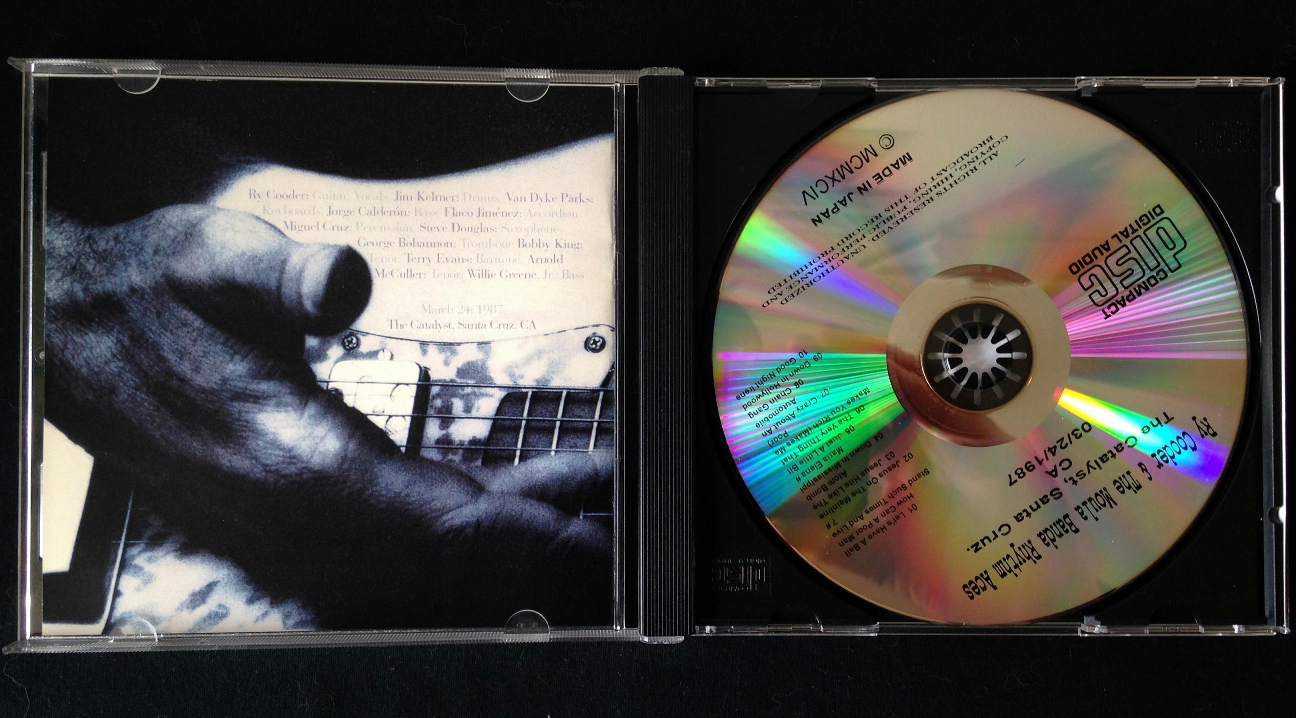 Ry Cooder and the Moula Banda Rhythm Aces CD (3)