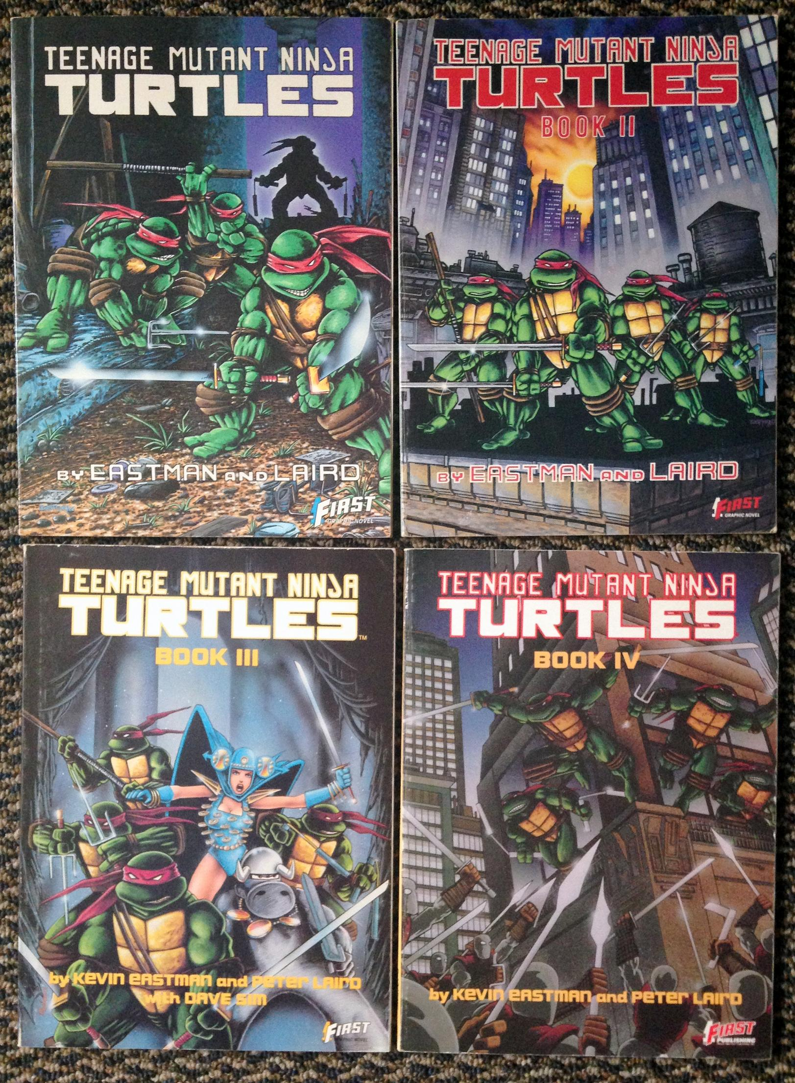teenage mutant ninja turtles graphic novel set (2)